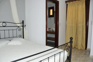 Anessis Apartments, Aparthotels  Fira - big - 18