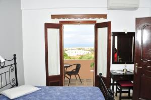 Anessis Apartments, Aparthotels  Fira - big - 17