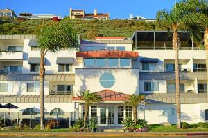 Riviera Shores Resort