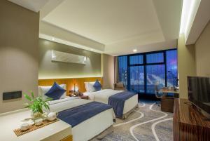 Chongqing C Plaza Hotel, Отели  Чунцин - big - 4