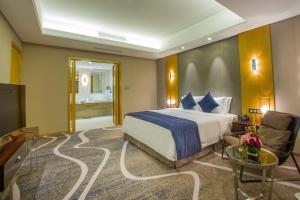 Chongqing C Plaza Hotel, Отели  Чунцин - big - 34