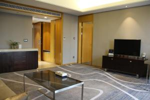 Chongqing C Plaza Hotel, Отели  Чунцин - big - 31