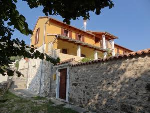 Apartment Velebit