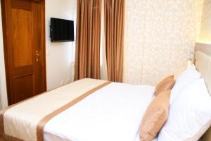 Hotel Elegance - фото 9