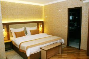 Hotel Elegance - фото 21