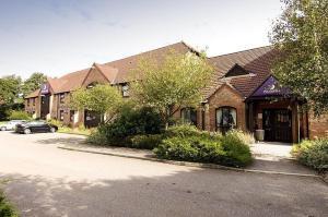 Premier Inn Bridgend - M4, J35