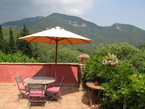 Can Serola, Hotel  Sales del Llierca - big - 60