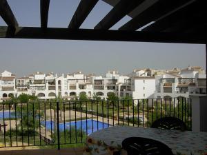 Coming Home - Penthouses La Torre Golf Resort, Apartmanok  Roldán - big - 36