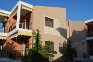 Villa Maria 2