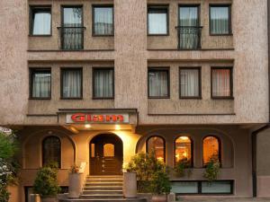 Hotel Glam, Отели  Скопье - big - 54