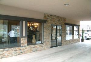 Talbot Trail Inn & Suites