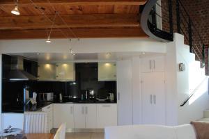 Apartment The Yard, Apartmanok  Franschhoek - big - 4