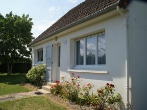 Maison De Vacances - St Germain-Sur-Ay