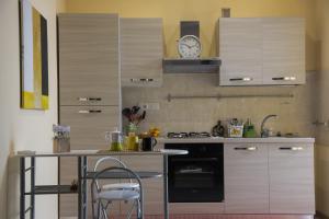 Apartment Inn, Nyaralók  Aci Castello - big - 9