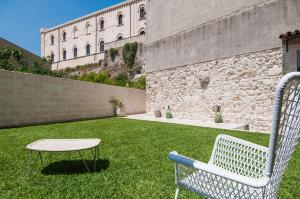 Intalloi, Bed & Breakfasts  Noto - big - 35