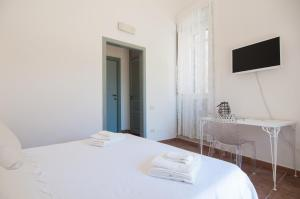 Intalloi, Bed & Breakfasts  Noto - big - 18