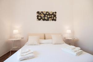 Intalloi, Bed & Breakfasts  Noto - big - 20