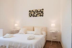 Intalloi, Bed & Breakfasts  Noto - big - 19