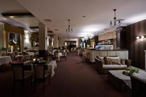 Hotel Grodzki Business & Spa, Hotels  Stargard - big - 56