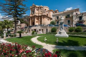 Intalloi, Bed & Breakfasts  Noto - big - 13
