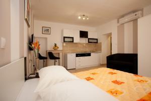 Central Luxury Rooms Izidor, Penzióny  Split - big - 11