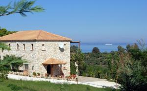 Myrties stone houses - Ta Petrina