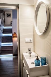 SHR Romeo's Apartment, Апартаменты  Будапешт - big - 11
