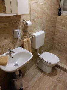 Central Luxury Rooms Izidor, Penzióny  Split - big - 17
