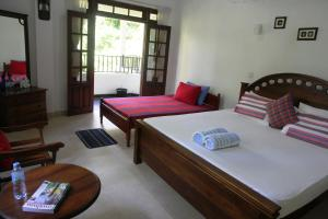 River Side Homestay Apartment
