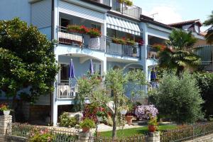 Villa Tina, Appartamenti  Porec - big - 29