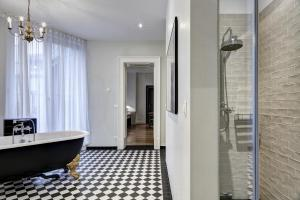 Apartment - 2A