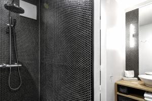 Three-Bedroom Penthouse Apartment