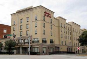 Hampton Inn & Suites Savannah Historic District