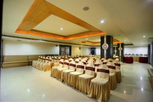Price Hotel Sitara Grand