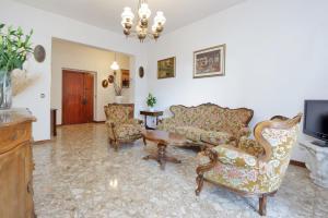 Val Tellina Halldis Apartment