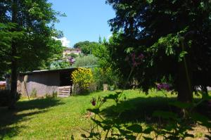 Villa Monsagrati Alto, Holiday homes  Monsagrati - big - 32