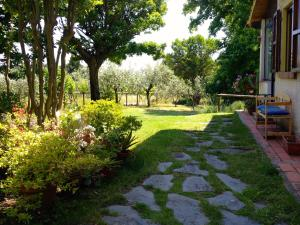 Villa Monsagrati Alto, Holiday homes  Monsagrati - big - 29
