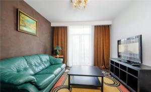 Vip-kvartira Leningradskaya 1A, Apartmanok  Minszk - big - 1