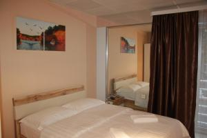Hotel London Palace, Hotel  Tbilisi City - big - 97