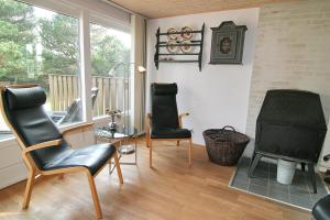 Three-Bedroom Holiday Home Vesten with a Sauna 06, Case vacanze  Sønderho - big - 7