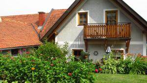Weingut Dietl, Apartmány  Riegersburg - big - 17