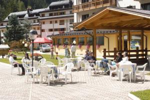 Hotel Cristallo, Hotels  Peio Fonti - big - 15