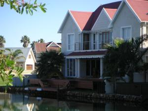 Waterside Living MM1027