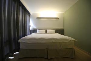 Central Hotel, Hotely  Zhongli - big - 14