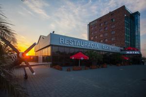 Terminal Hotel, Отели  Вроцлав - big - 52