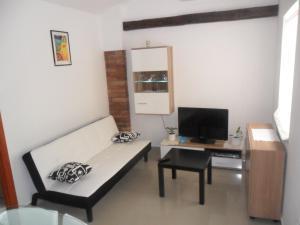 Apartments Aščić