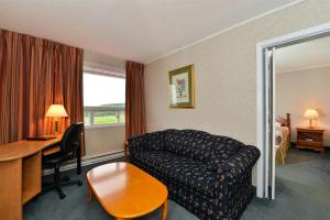 Canada's Best Value Inn & Suites - Woodstock