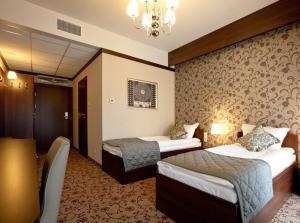 Hotel-Restauracja Platan