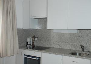 Chesa La Furia, Apartmanok  Pontresina - big - 65