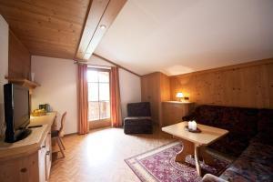 Landhaus Pfurtscheller - Apartment - Neustift im Stubaital